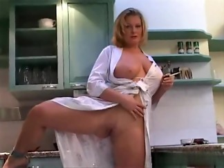 amateur, asian, big ass, big tits, blonde, european, gorgeous, hd videos, milf, natural, shaved, smoking, solo